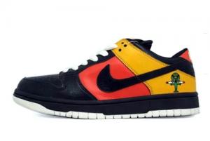 New Nike Dunk SB Low Raygun 304292-803 On Sale